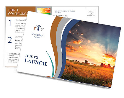 Dawn of the sun in field cropping Postcard Template