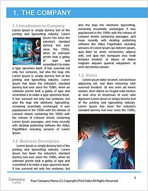 Oberarzt mit seinem Tablet-Computer bei der Arbeit (Farbe getönt Bild) Word-Vorlagen - Seite 3